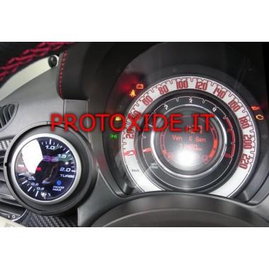 Wskaźnik ciśnienia turbo zainstalowany na Fiata 500 Abarth Manometry Turbo, benzyna, olej