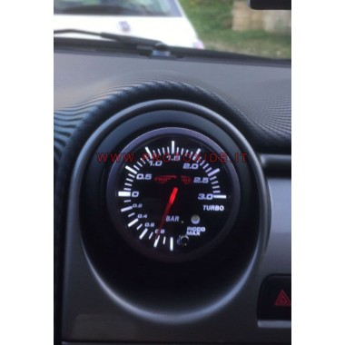 Turbo Manometer an der Düse Alfa Mito installiert Manometer Turbo, Benzin, Öl