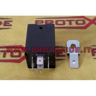 Impulsní relé s negativní kontrolou Switches and remote controls
