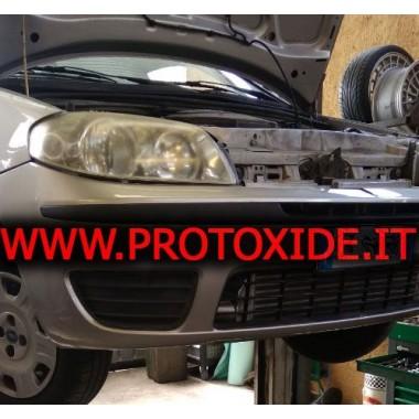 Etupuolen välijäähdytin asennetaan Fiat Punto 188: lle alumiinissa turbo-muunnokseen Ilman ja ilman välilevy